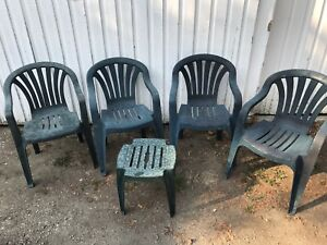 Lawn chairs 4