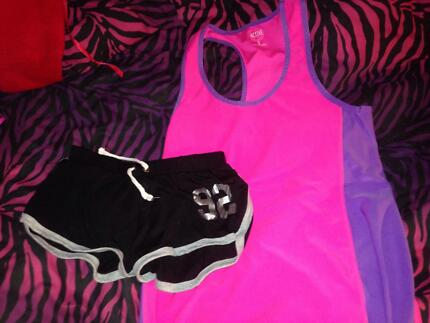 Gym clothes package Corlette Port Stephens Area Preview