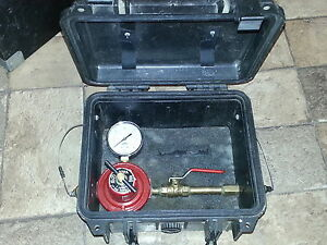 PROPANE REGULATOR  WITH GUAGE IN CASE Kitchener / Waterloo Kitchener Area image 1