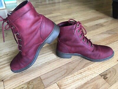 Women's Kodiak Ankle Boots - Red Leather Original Waterproof - 8.5 VGUC Lace-up Red Waterproof Leather