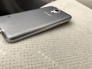 Samsung Galaxy S5 Unlocked Pristine Condition