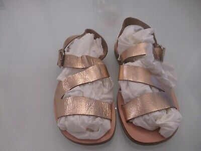 New with bag beautiful sonatina girls gold leather sandal size 30