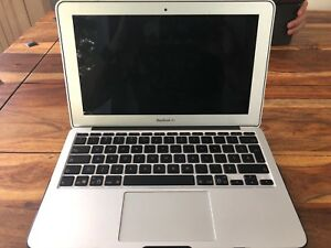 Macbook Air 11 inch (pouces), late 2010