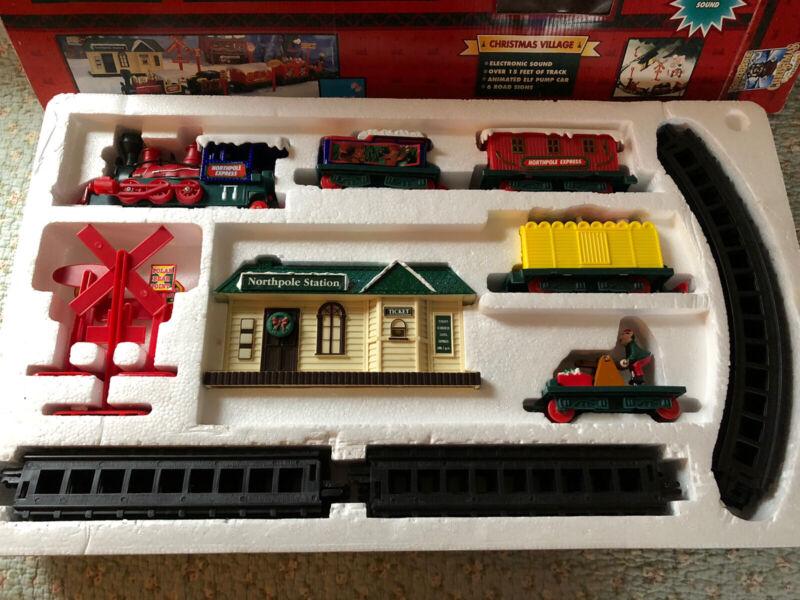VTG North Pole Express Train Christmas Village No. 5307 Complete 1996