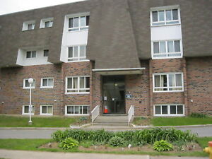 AVAILABLE SEPT.  1 - ALL INCLUSIVE - 2 BEDROOM CONDO- BROCKVILLE