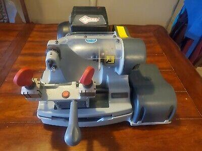 Kaba Ilco Speed 040 Key Duplicator Automaticmanual120v Silco Key Cutting