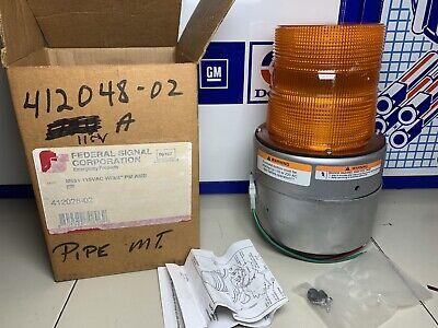 M851 115vac Amber Strobe Light 412048-02 Federal Signal Corp.