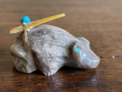 Vintage Zuni Fetish Carving Frog w Spirit Bundle/Offering