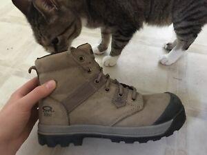 Dakota Work Boots size 8