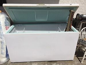 Very large Kenmore 221 chest freezer.