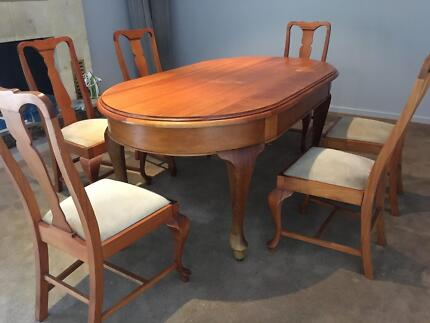 Beautiful French Antique Wooden Table With 6 Chairs