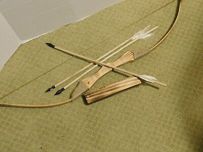 - (New) Kids Wood Bow and Arrow With  Quiver Set  3 ARROWS Good For Archery (Toy)