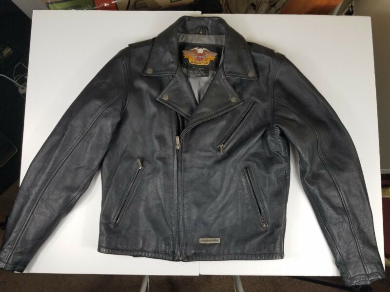 Harley Davidson Mens Black Leather Jacket Size Medium M zipper pockets