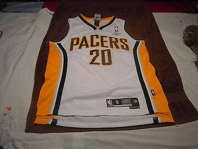 7b8deccc0d6 PACERS JONES Number 20 Sleeveless Jersey Size Small length +2