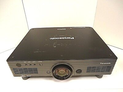 DLP Projector Home Cinema Panasonic PT-DW5100 - Dual Lamp WXGA 5500 Good Working