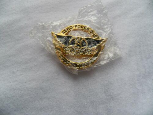 AEROSMITH 2003 Aero Force One Concert Fan Club Member Hat Badge Pin New
