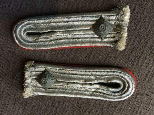 Pair Of Paws /Shawl/Wrap Uk4-26 New Officer German Flack WWII - 100% Original
