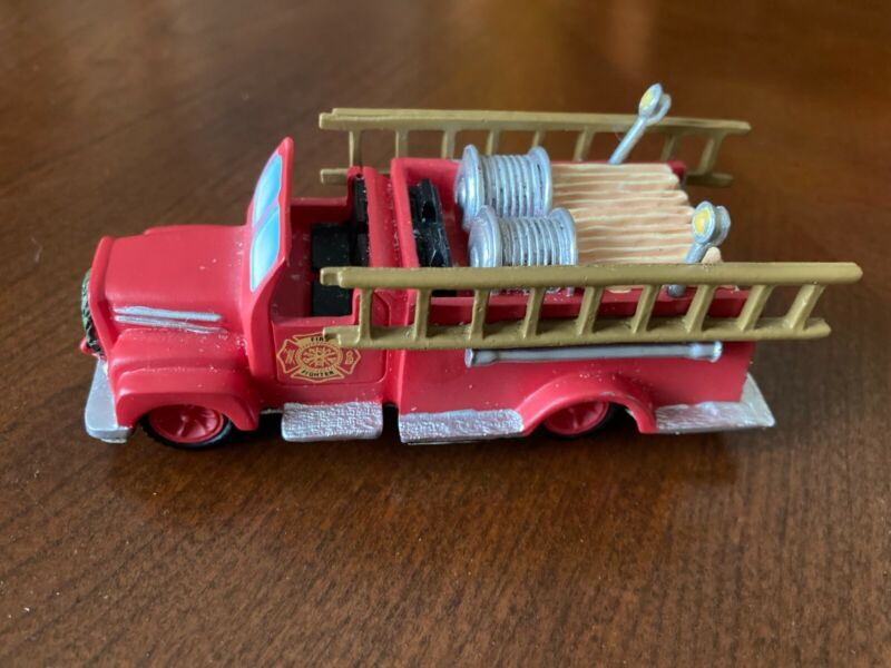 """Hawthorne Villlage Firetruck """"To The Rescure"""" 2007 #14-09121-078E"""