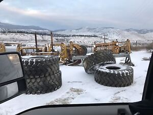 NEW (4) 26.5x25 tire for sale