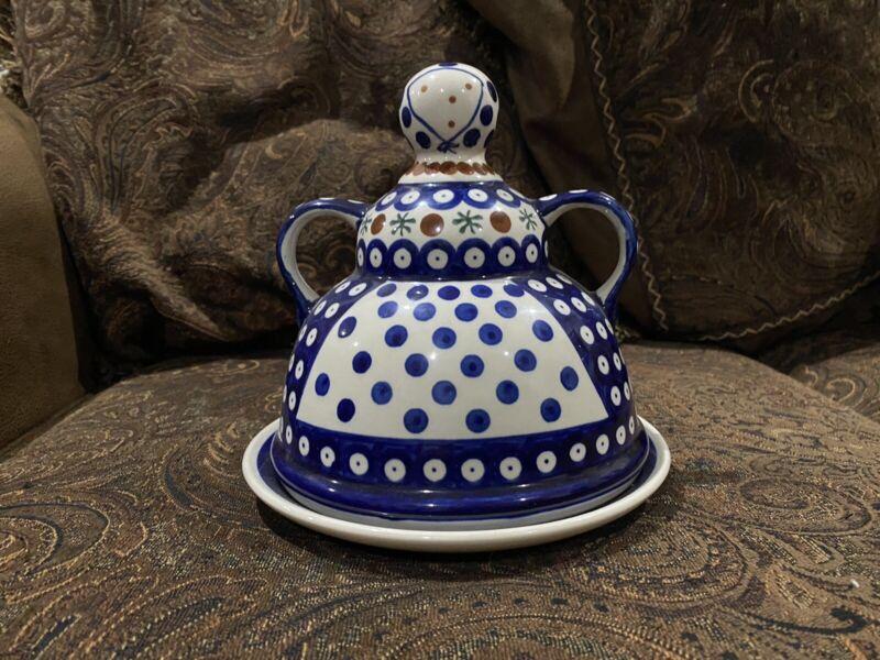 Boleslawiec Polish Pottery - Dessert Dish w/cover Maid Design