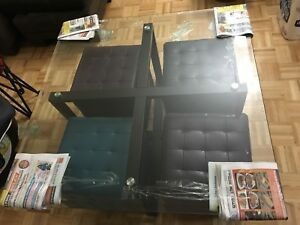Coffee table with 4 ottoman $200 OBO