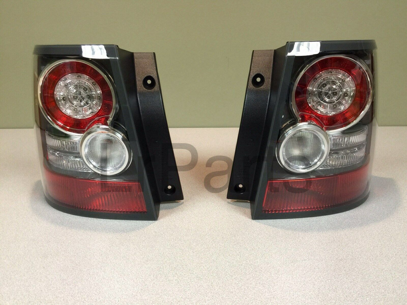 land rover range rover sport 10 13 rear tail lamp light. Black Bedroom Furniture Sets. Home Design Ideas