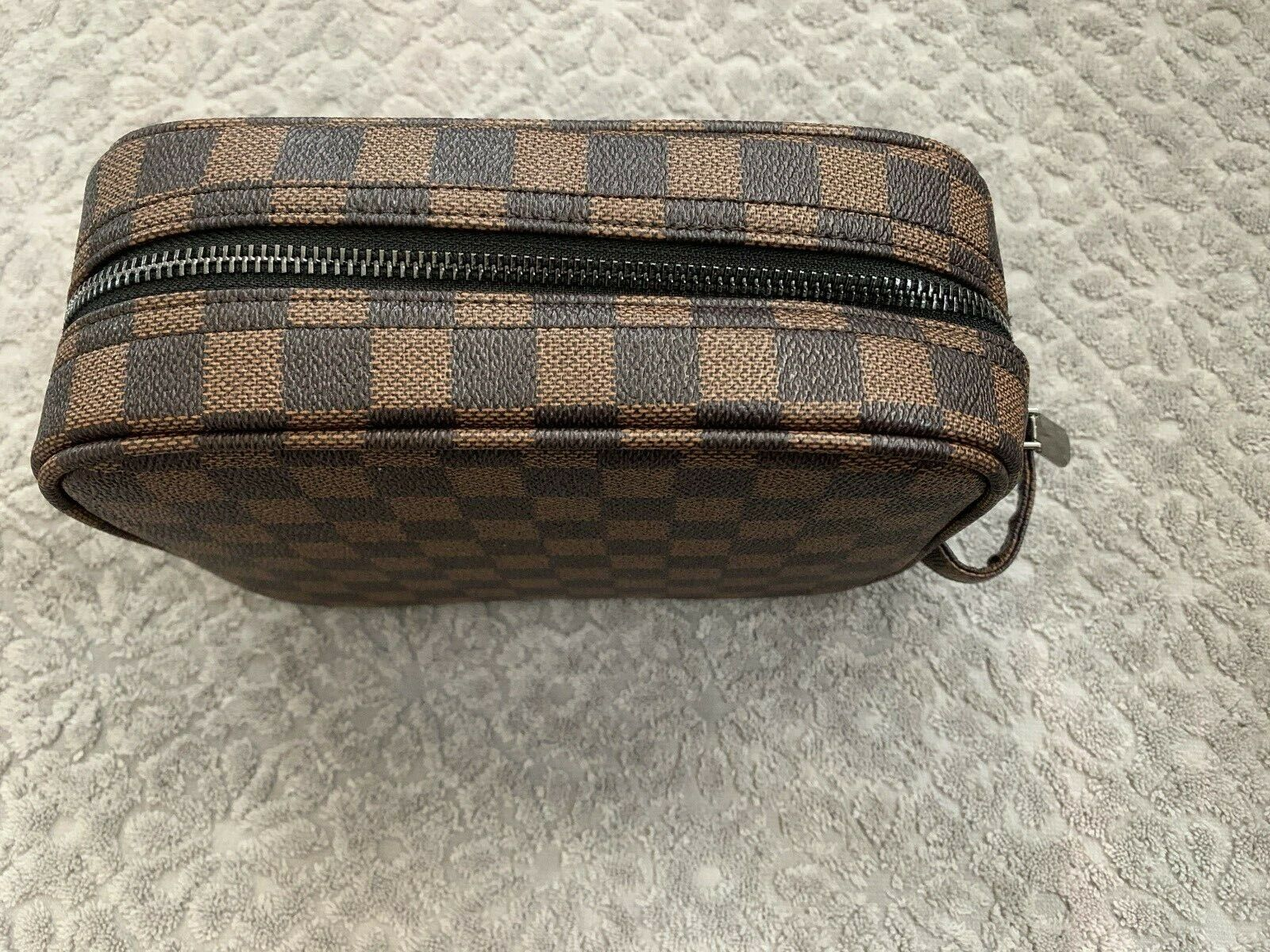CHECKERED Brown Makeup Cosmetic Overnight Travel - NEW # 18
