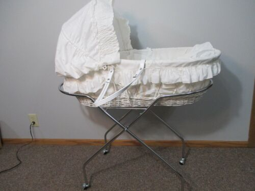 Vintage White Wicker Baby Bassinet with Stand