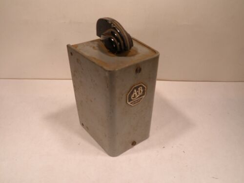 Vintage AB Allen Bradley Selector Switch, On-Off, 579029