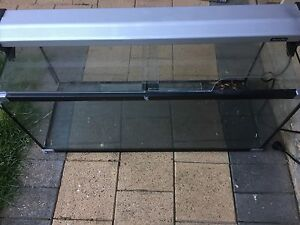 Aqua One 3ft Fish Tank and Light Greenwith Tea Tree Gully Area Preview