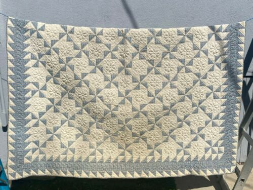 VINTAGE GEOMETRIC - 2 SIDED TRAPUNTO QUILT - HAND PIECED & QUILTED PUFFY 1930's?