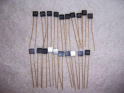 Hi-Q 0.0056K Gold Lead Capacitors - QTY 10