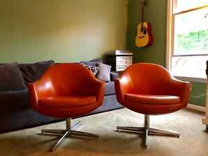 PAIR Mid Century Modern Overman Style Pod Chairs   Dark Orange