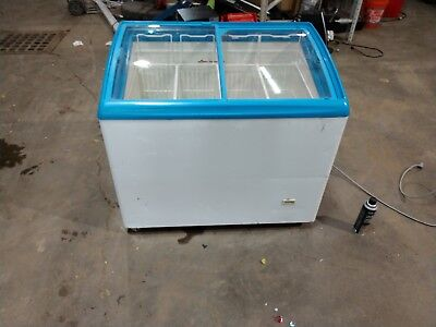Double Door Glass Freezer Ice Cream