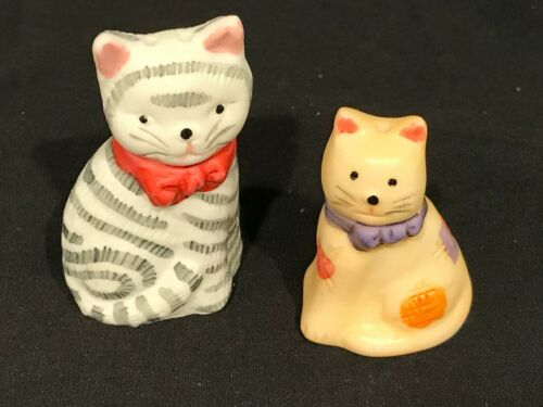 Miniature Salt & Pepper Shakers Cats