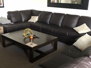 Amazing coffee table for CHEAP! Take now!