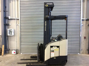 Crown  RD Series Reach Forklift Beresfield Newcastle Area Preview