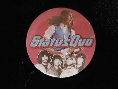 Status Quo-Group Shot-Pink-Small-Button-80's Vintage-Rare