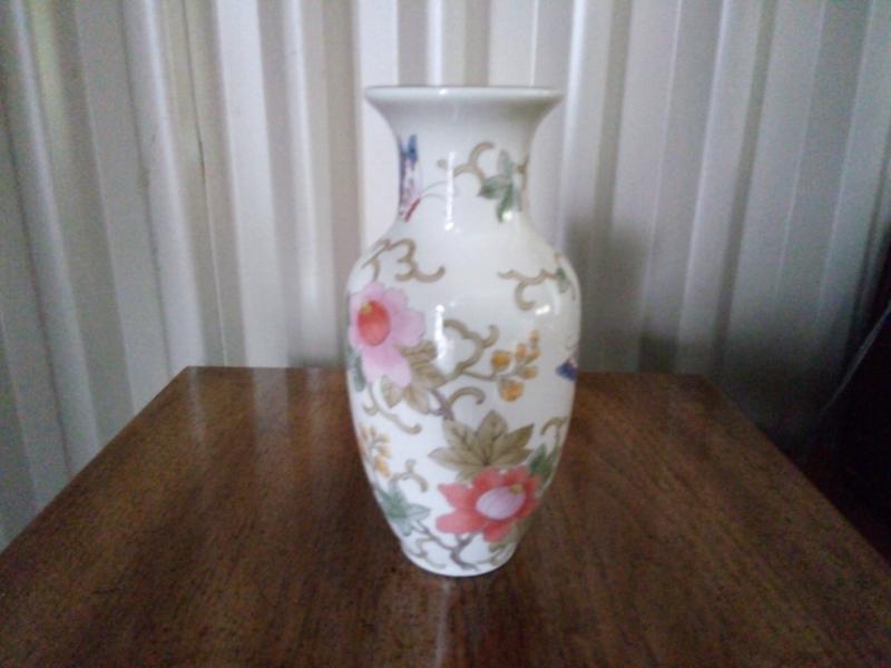 Masumi Vase Made In Japan Vases Bowls Gumtree Australia