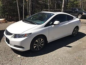 **FINANCING AVAILABLE**  2013 Honda Civic EX
