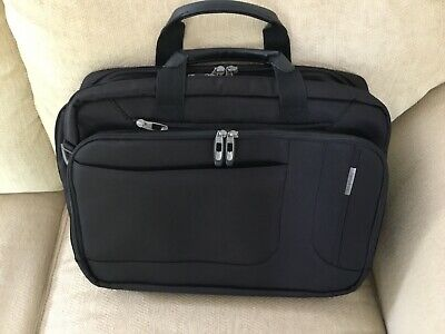 "Samsonite Classic Business Case Laptop Shuttle Computer Bag Fits 17"" Black ."