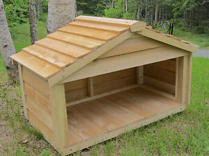 OUTDOOR-CEDAR-CAT-DOG-RABBIT-FERAL-FEEDING-STATION-FOOD-SHELTER-HOUSE