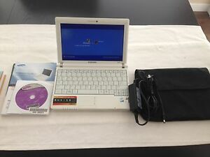 Samsung Laptop White