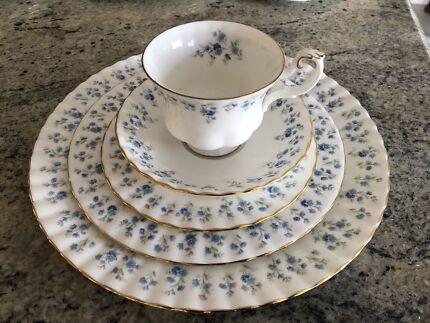 Royal Albert dinner set & Dinner Set Living Art - Loreto - Hand Painted | Dinnerware | Gumtree ...