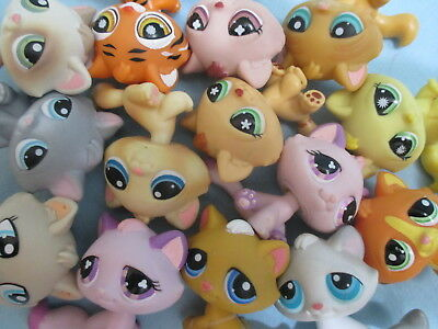 Littlest Pet Shop Set Lot of 3 Random Tabby Kitten Cats Authentic and Gift Bag for sale  Shipping to Canada
