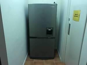 Samsung 551L Fridge/Freezer Goodna Ipswich City Preview