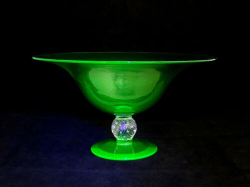 Pairpoint Uranium Art Glass Green Controlled Bubble Footed Bowl