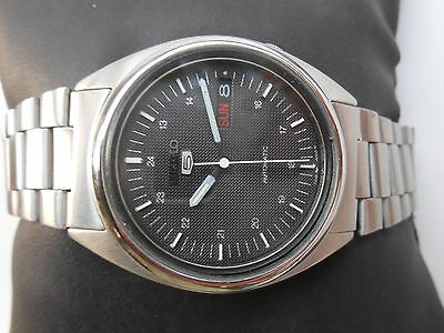 VINTAGE SS SEIKO JAPAN MILITARY STYLE BLACK MAT DIAL MENS AUTOMATIC WRISTWATCH
