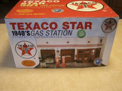 CRONICLES  UNLIMITED COLLECTIBLES 40s TEXACO STAR GAS STATION