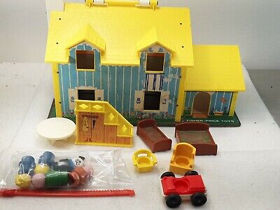 Vintage Fisher Price Little People Play family Yellow House #952 NOT COMPLETE